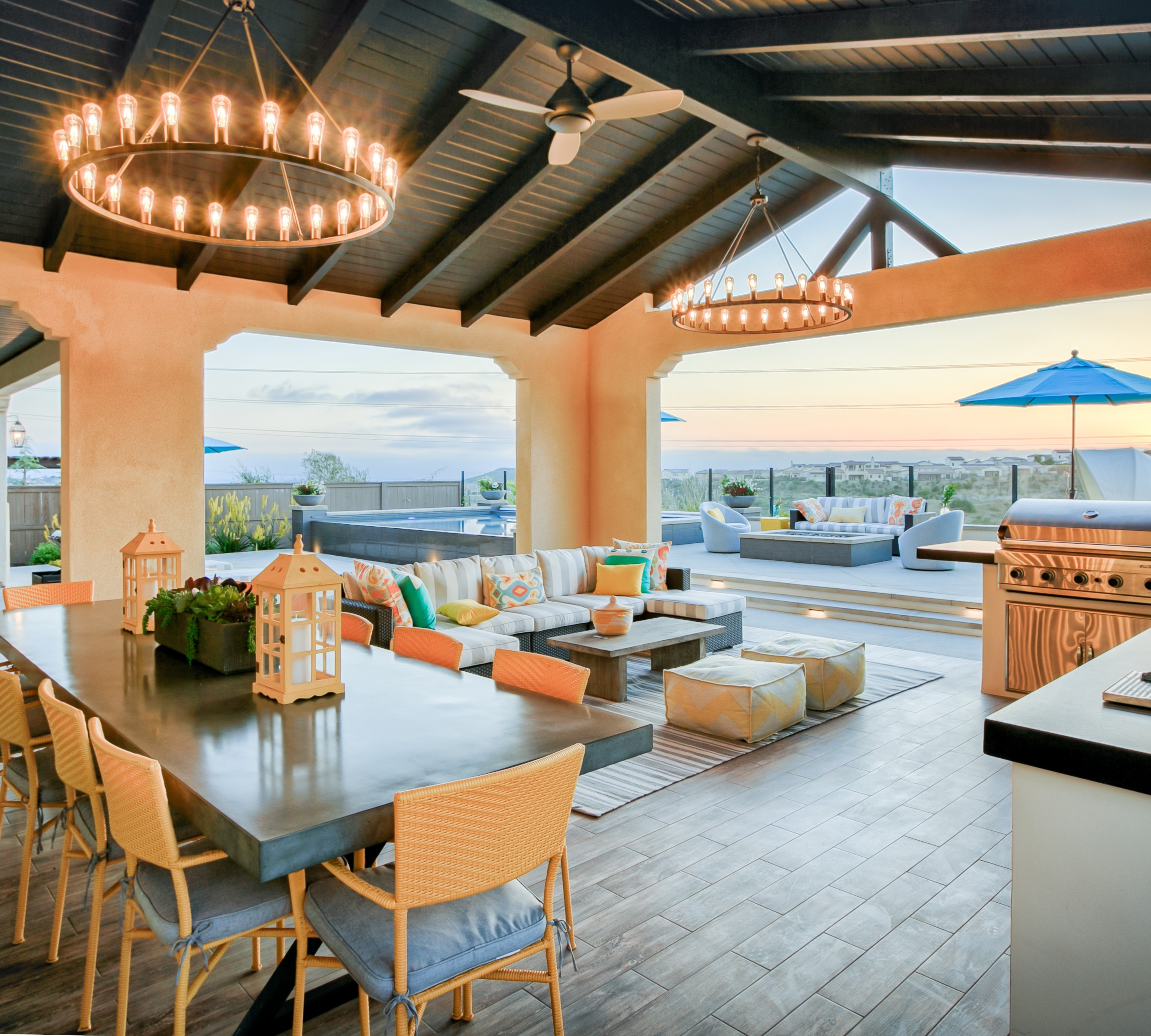 Del Sur - Outdoor Living in Style