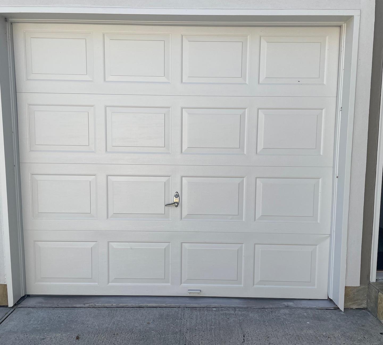 16x7 & 8x7 Steelback Insulated Garage Door