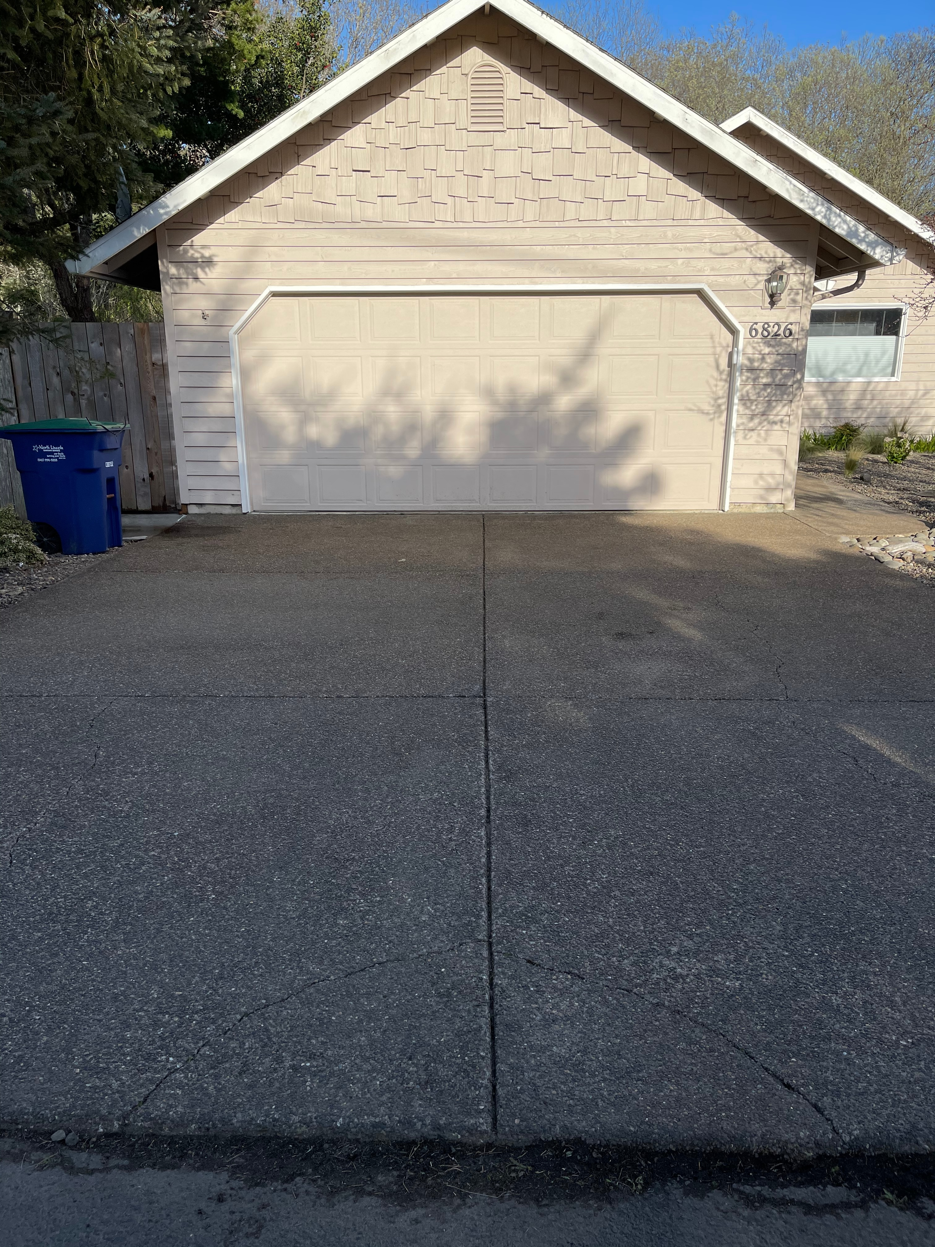 Yard work, Pressure washing and gutter cleaning