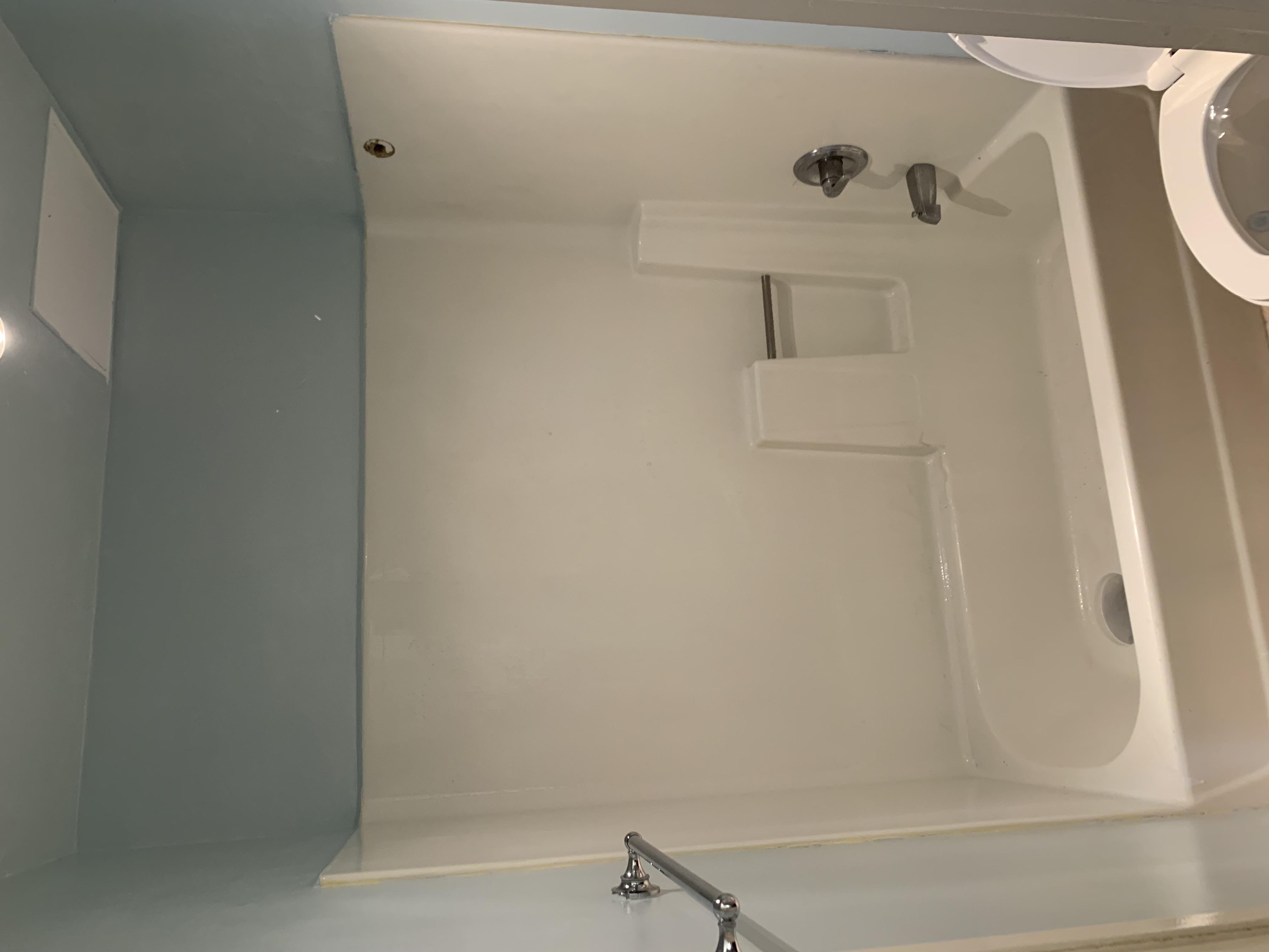Bathtub Refinishing & Liners Project