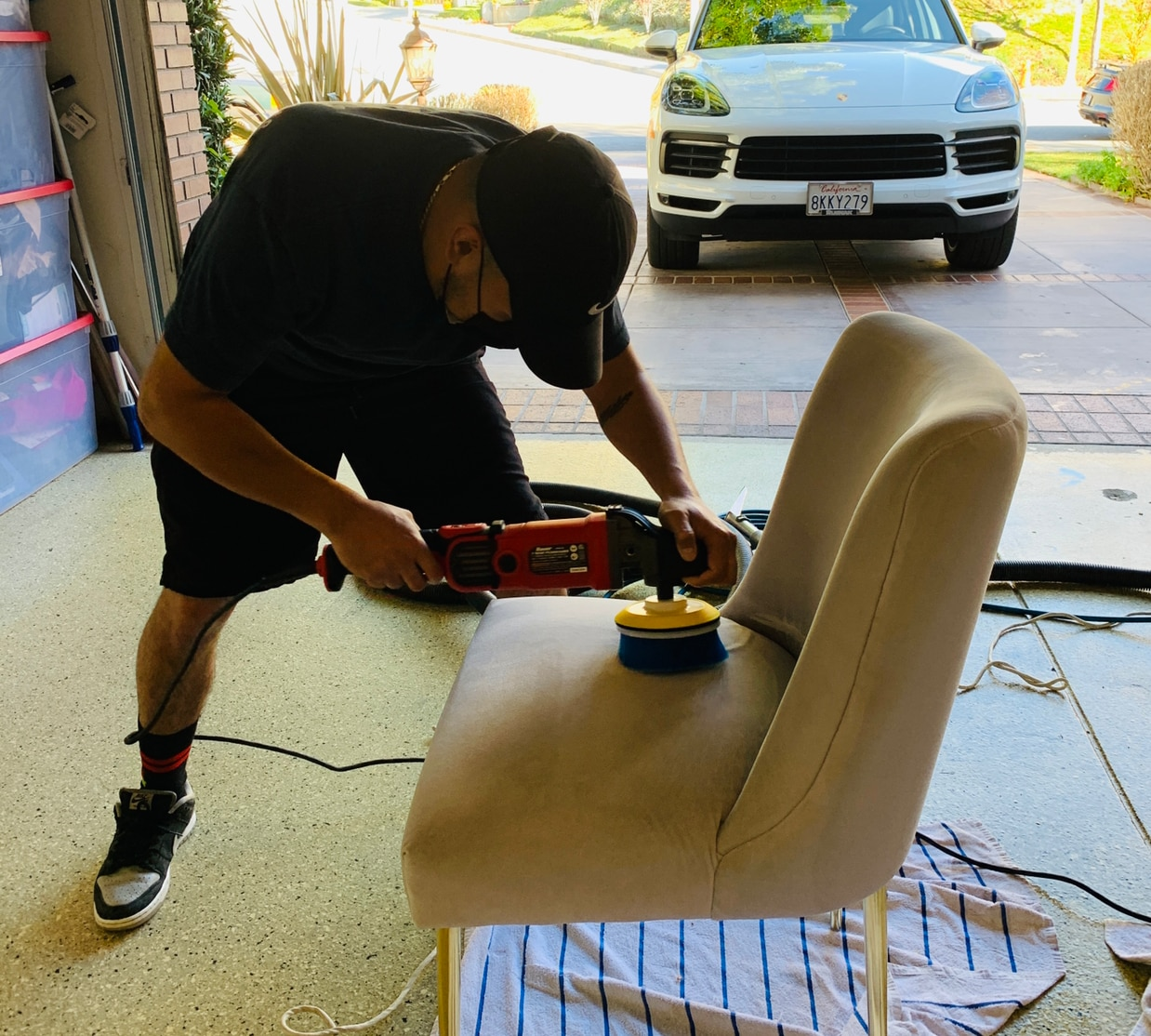 Sofa / Upholstery Cleaning