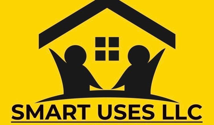 Smart Uses LLC  logo