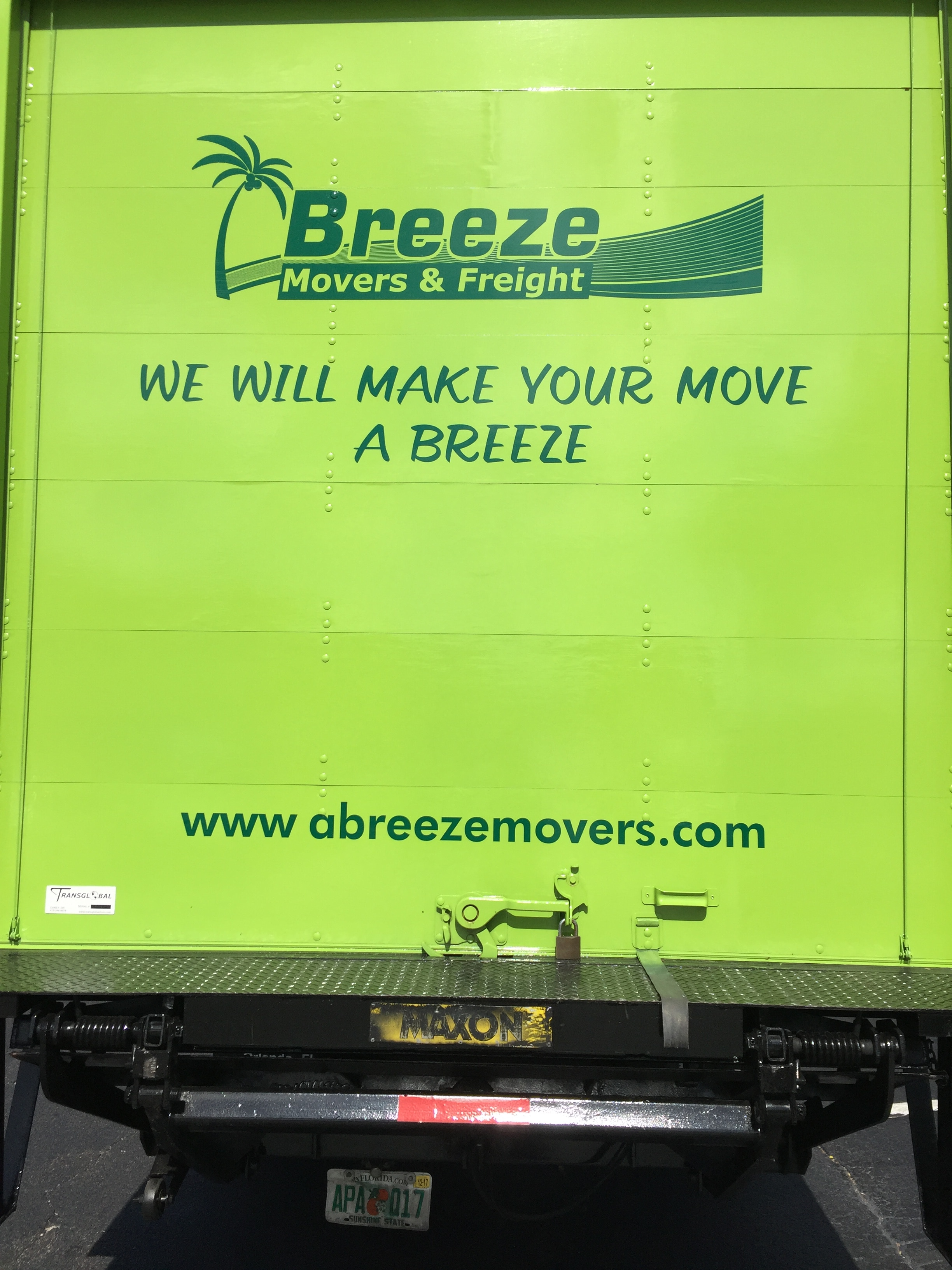 Breeze Movers & Freight Inc logo