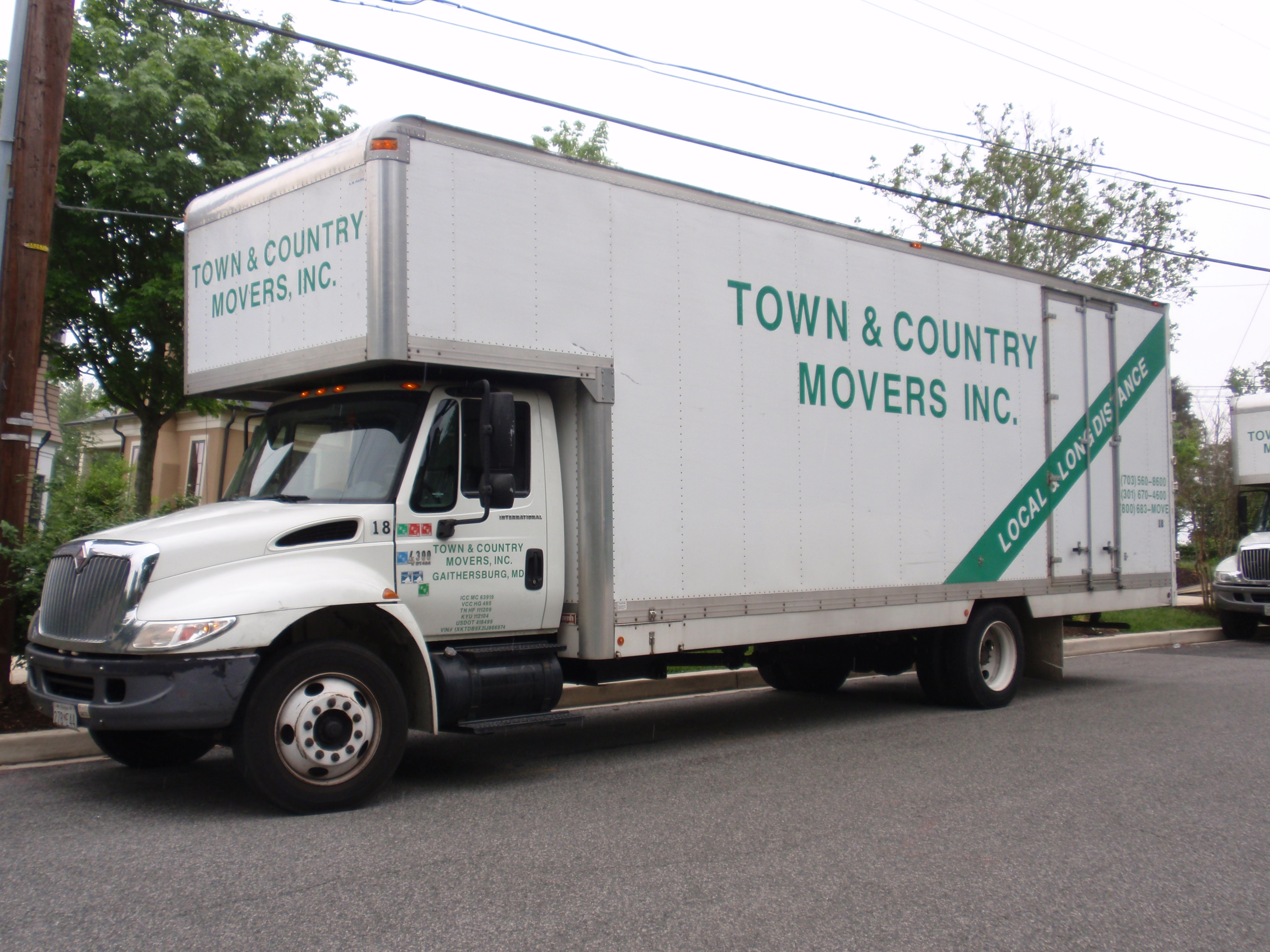 Town & Country Movers Inc logo