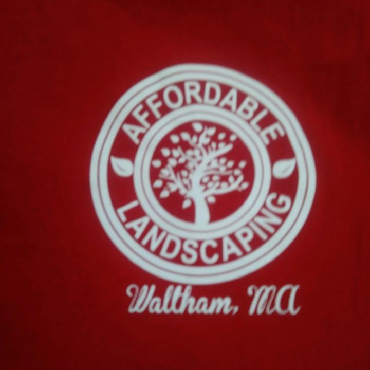 Roberto's Affordable Landscaping logo